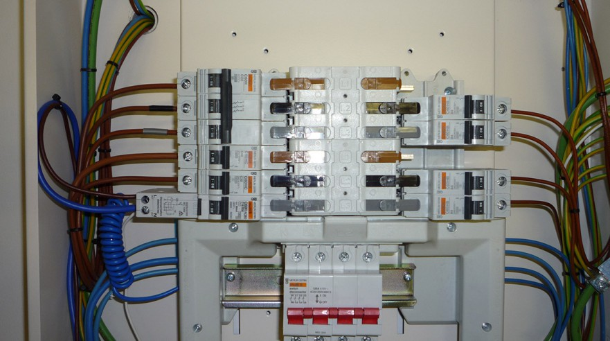 3 Phase Distribution Unit